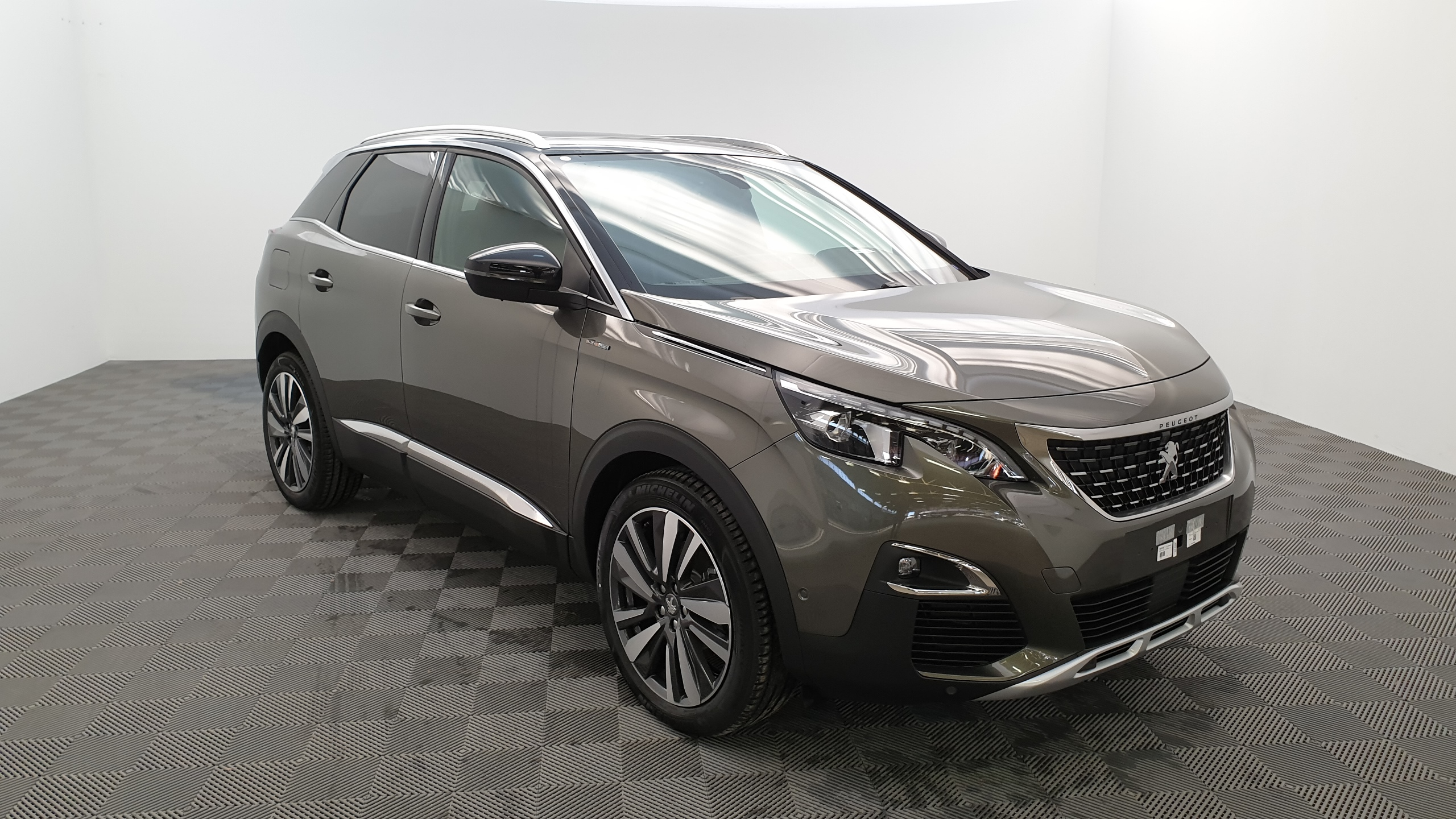 Photo PEUGEOT 3008 1.2 PURETECH 130CV GT LINE + PACK CITY 2