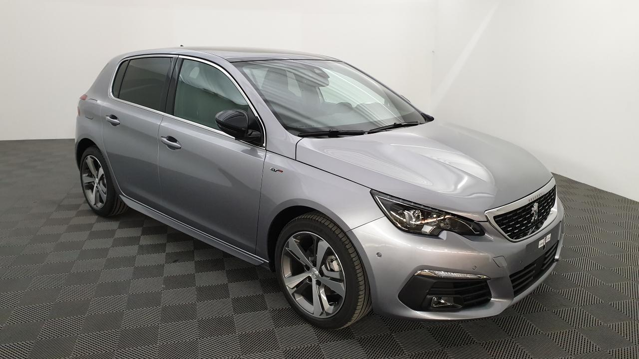 Photo PEUGEOT 308 FACELIFT 1.5 BLUEHDI 130CV BVM6 GT + TOIT PANO + PACK SIDE SECURITY