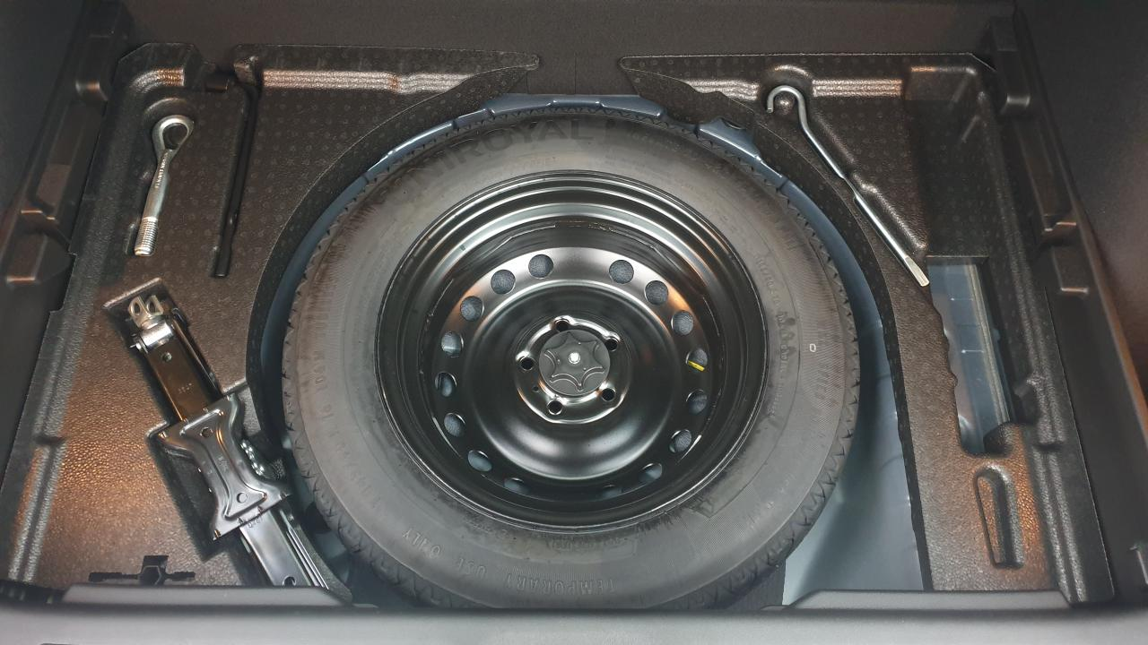 Photo véhicule 1 RENAULT Kadjar 1.5 BLUEDCI 115CV EDC INTENS + TOIT PANO + JANTES 19
