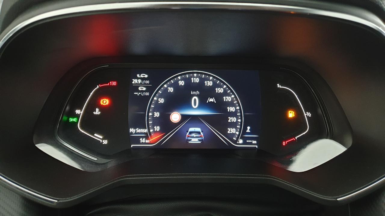 Photo véhicule 1 RENAULT Clio v 1.0 TCE 90CV BVM6 RS LINE + PACK CITY 360° + ECRAN 9.3